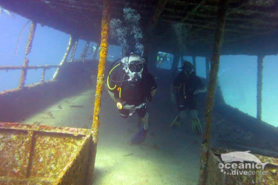rach yai ship wreck phuket